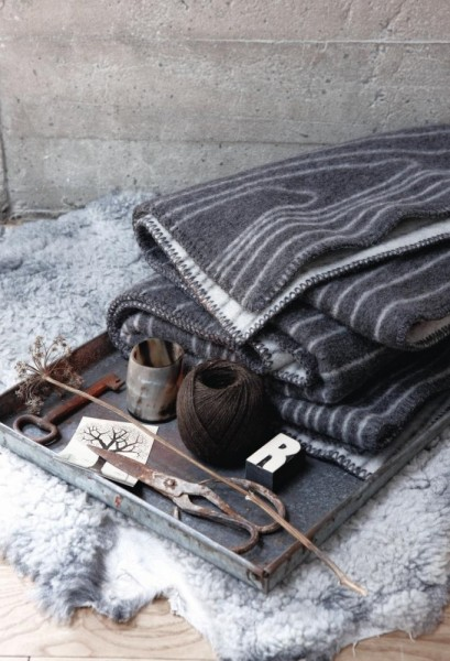 Wolldecke Wollplaid SKOG grau-natur
