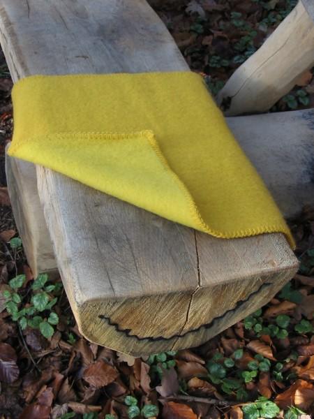Sitzunterlage Schurwolle STEMOR gelb